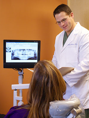 Williamsville Family Dentist Dr. Kevin Clauser
